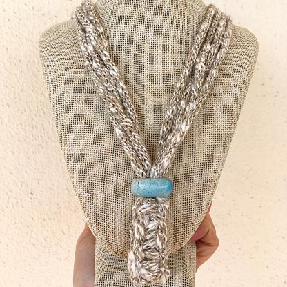 Collana di lino