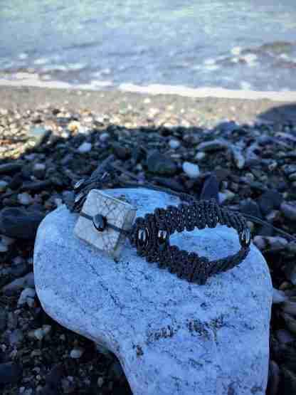 Bracciale estivo con pietra ematite