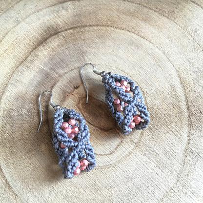orecchini con ematite